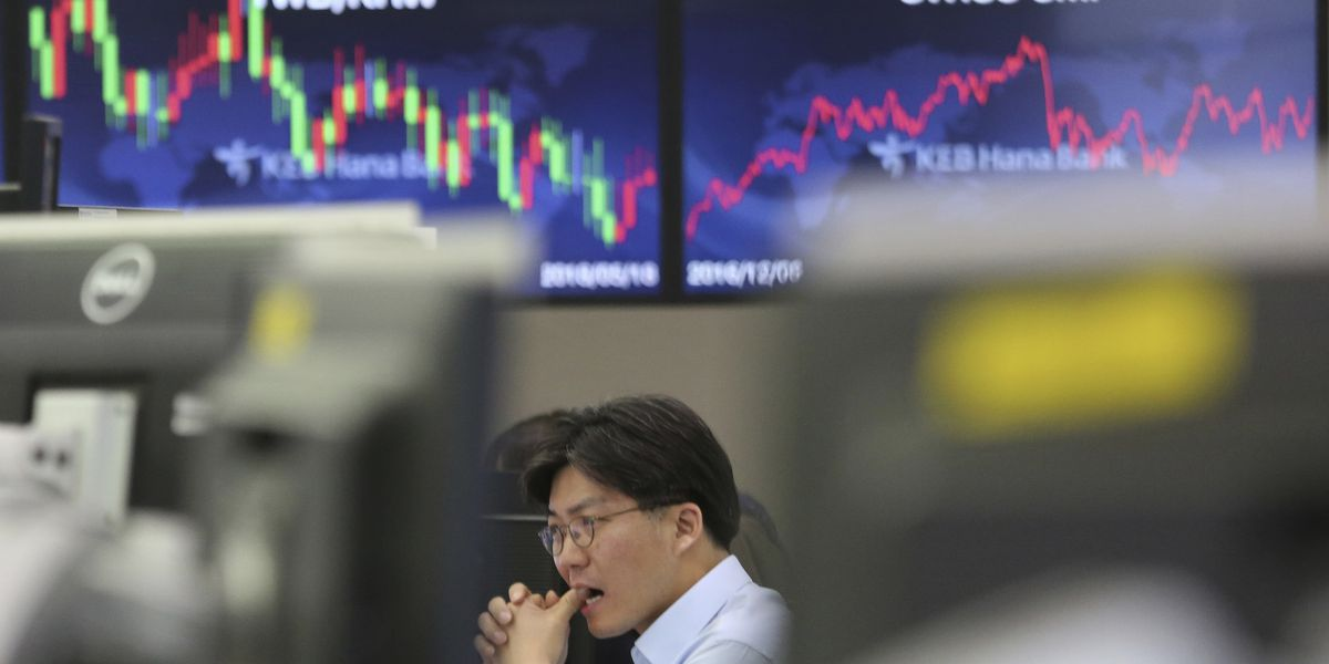 Asian stocks slip on worries over US-China tariffs truce