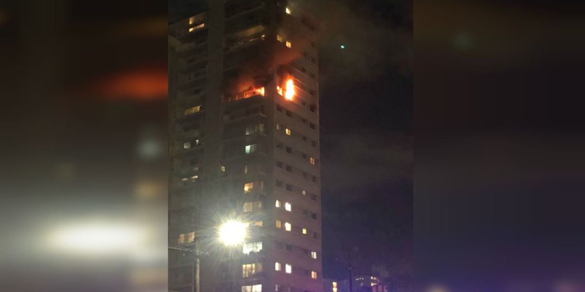HFD puts out a 2-alarm fire on the 15th floor of a Makiki tower