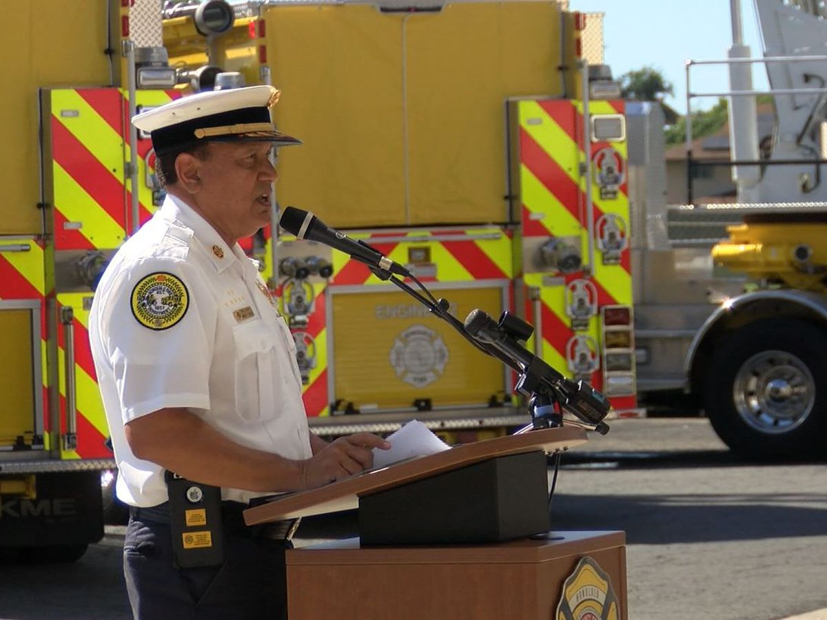 After 8 years on the job, Honolulu's fire chief to retire next month