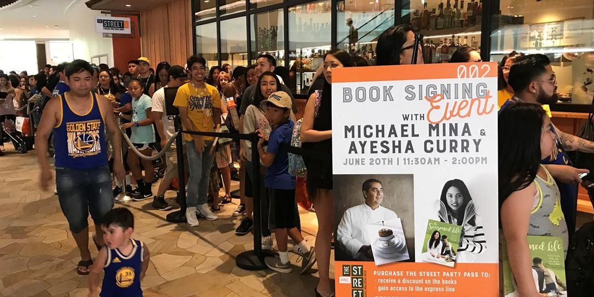 53d047cddcb9 Hundreds come out to meet celebrity chef Ayesha Curry (and taste her food)