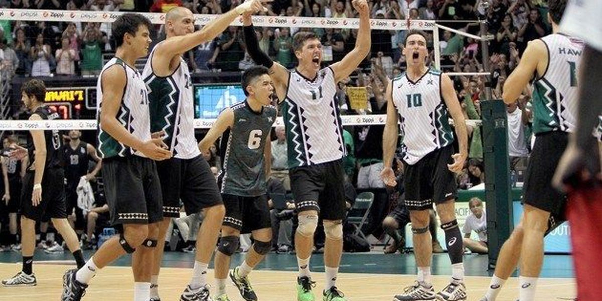 Zarcovic notches 25 kills as 'Bows top Anteaters