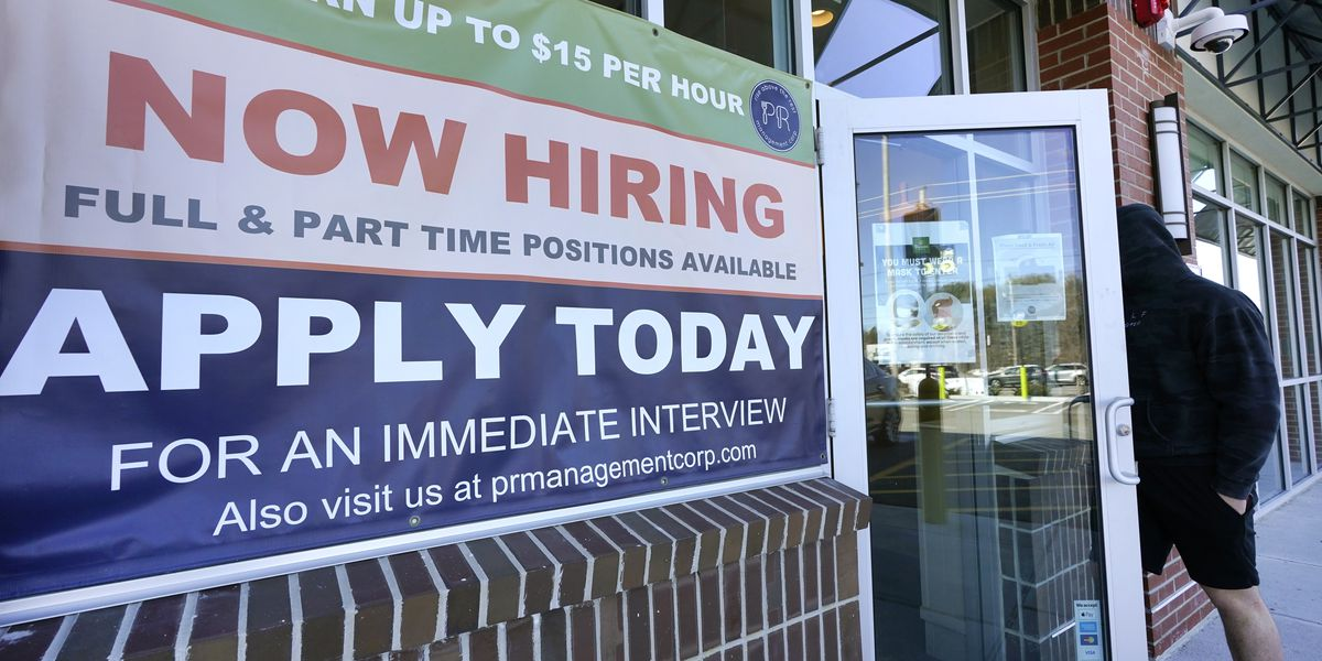 US jobless claims rise to 770,000 with layoffs still high