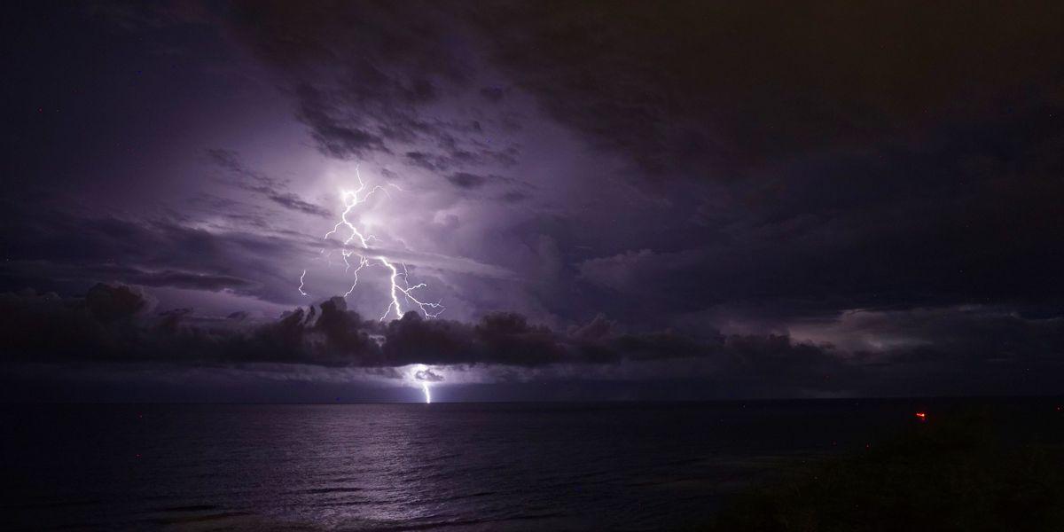 PHOTOS: Lightning illuminate Hawaii skies as unstable weather continues