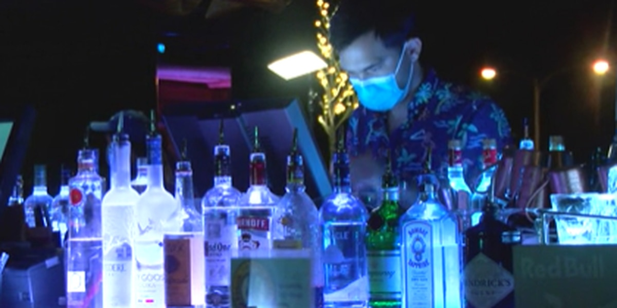 Oahu bar owners welcome customers back ... and hope this reopening sticks