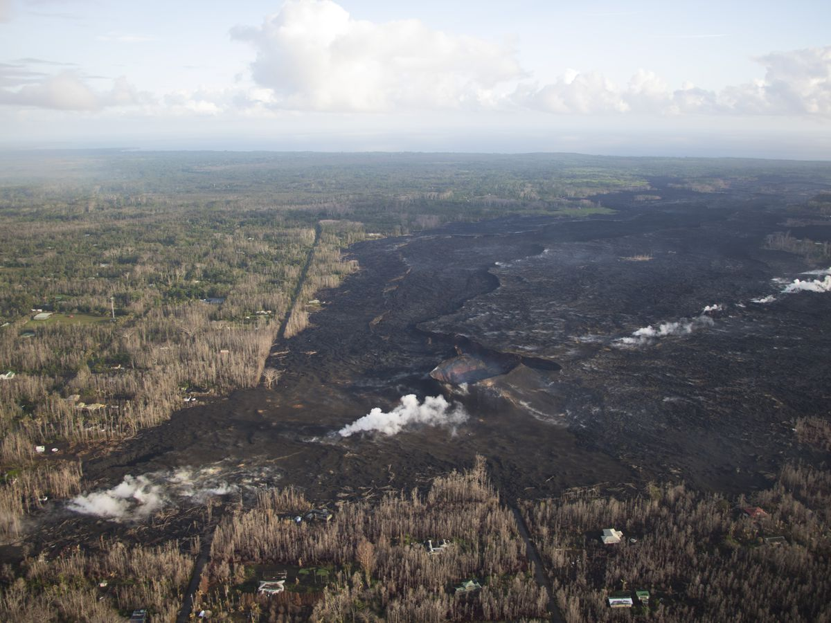 Hawaii councilors accuse county of slow volcano recovery