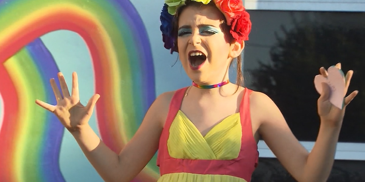 10-year-old drag queen harassed online, mother says