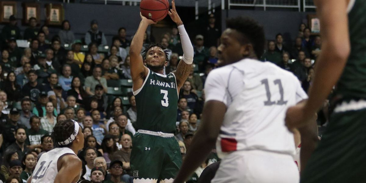 Bows rally late to defeat CSUN 80-75