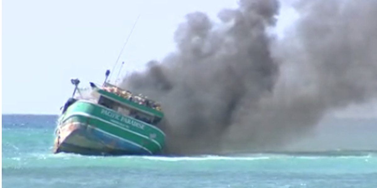 Owner whose vessel ran aground off Waikiki and stayed there for months slapped with big fine