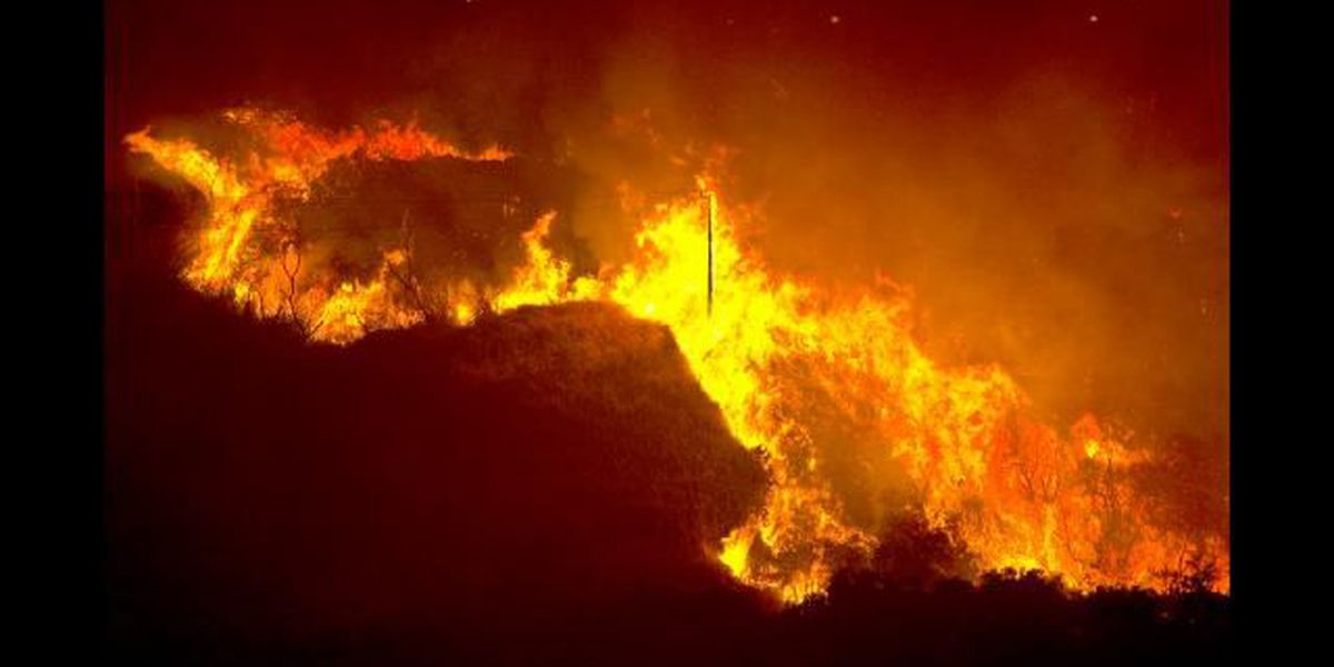 Maui blaze sparked by fireworks now fully contained