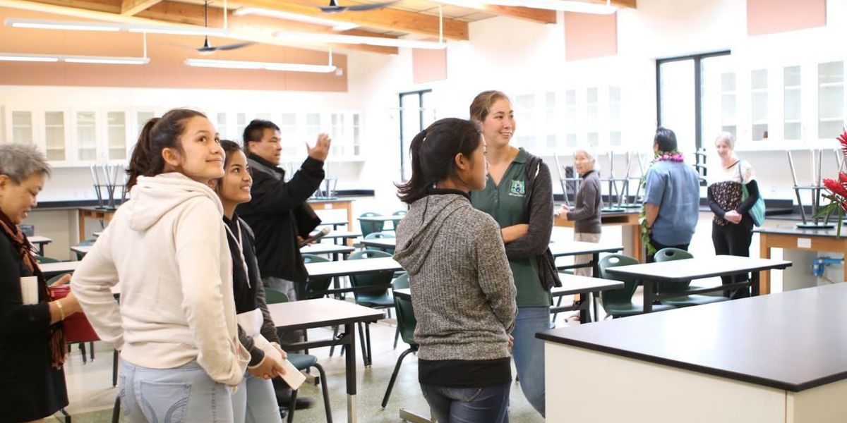 Molokai High opens state-of-the-art science building