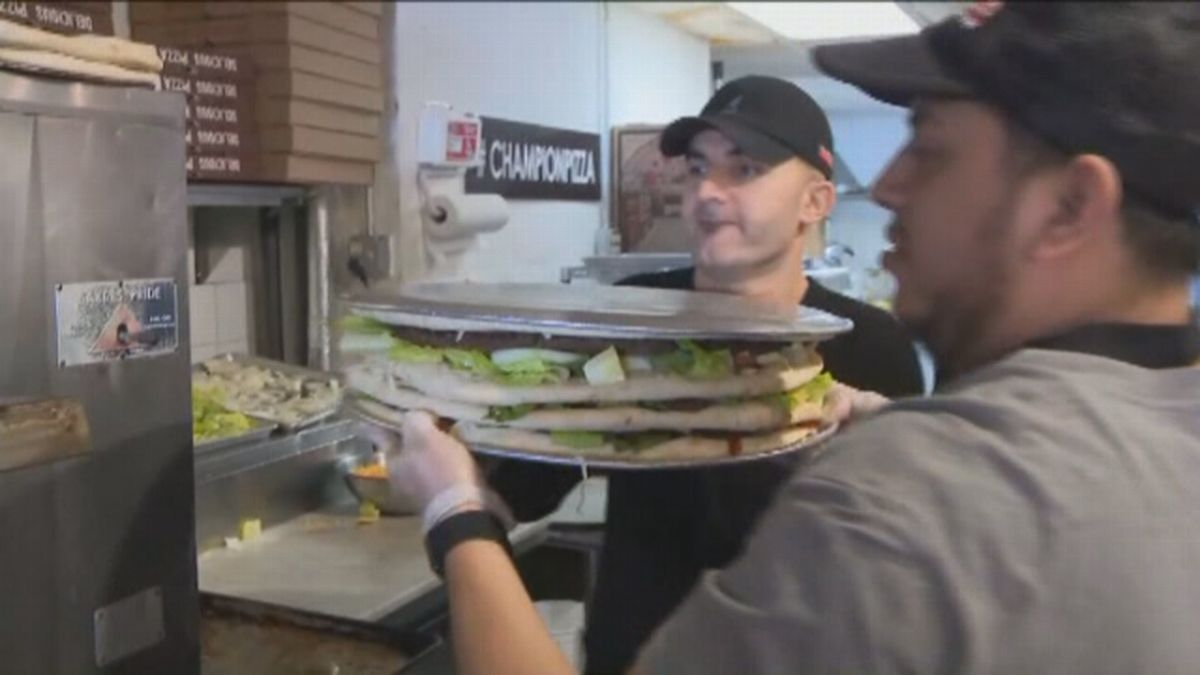One 40-pound pizza offered in NYC will cost you $2k