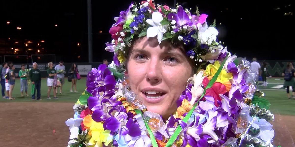 Hitchcock says Aloha after 6 years with the Wahine