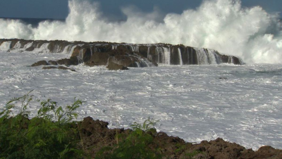 High surf advisory extended for most north shores