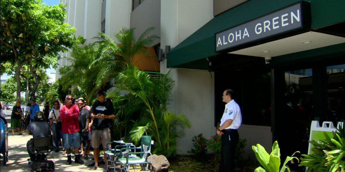 Oahu marijuana dispensary runs out of product, forced to close to restock
