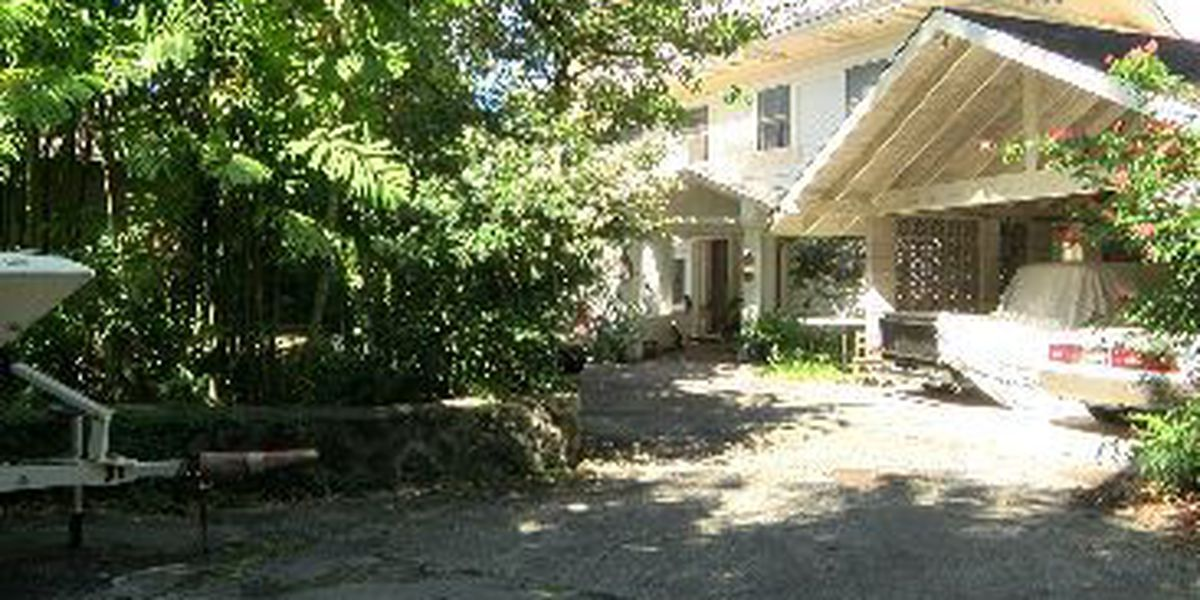 Manoa monster home draws complaints from neighbors