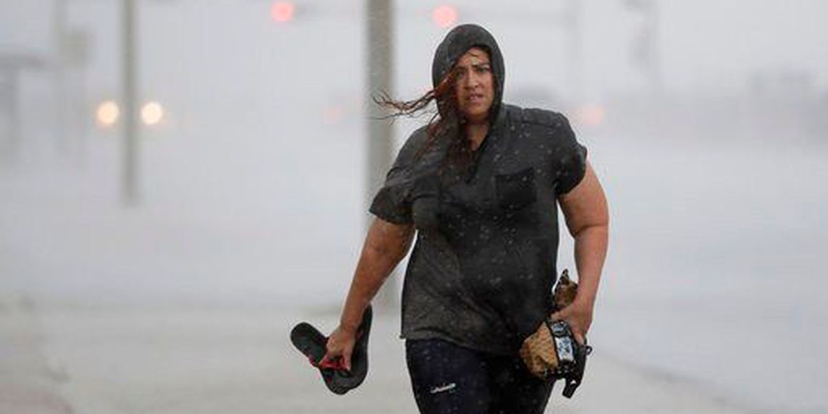 Former Hawaii residents in Harvey's path prepare for monster storm