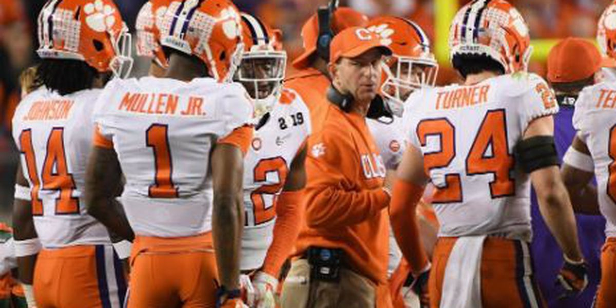 Social media reacts to Clemson's big win over Alabama in CFP title game