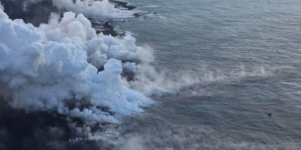 Thick vog on Big Island prompts health warnings
