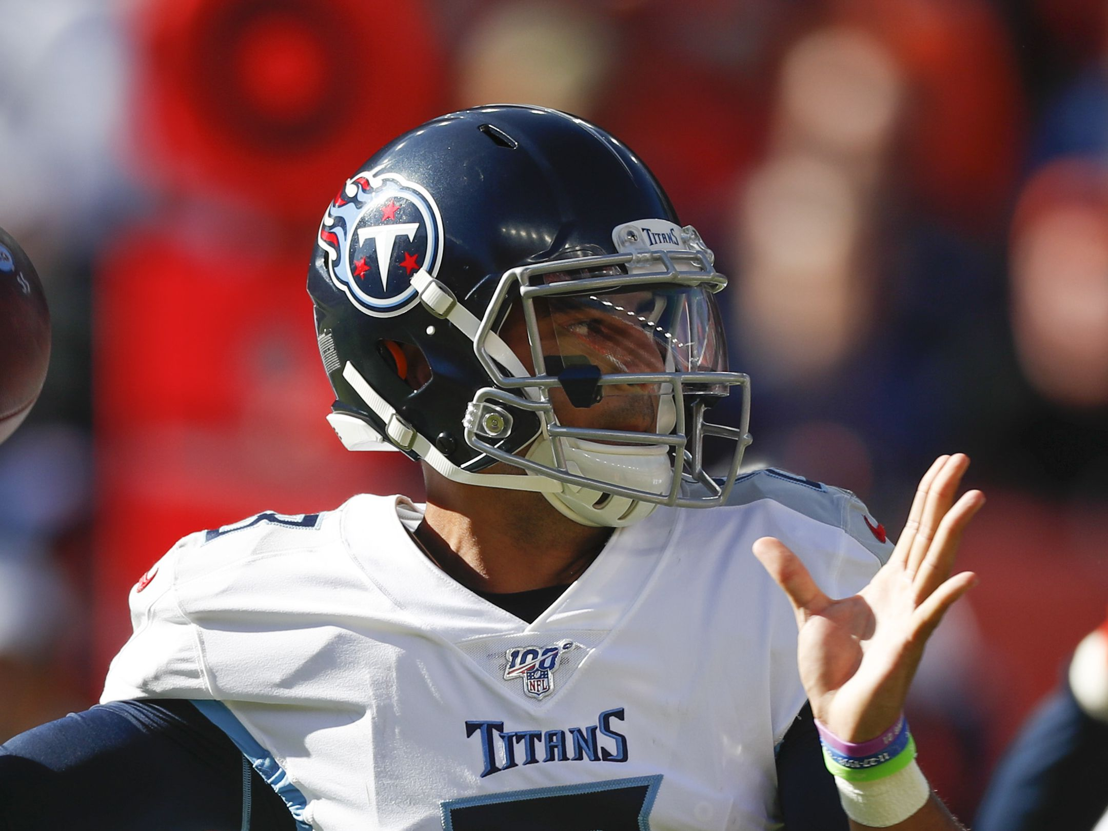 Titans to bench Mariota, start Tannehill at quarterback against Chargers
