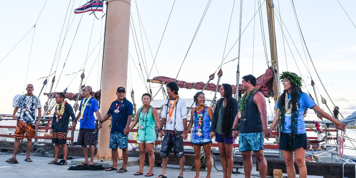PHOTOS: Hikianalia departs for California after weeks of weather delay