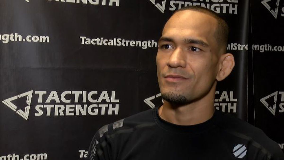 Yancy Medieros falls at UFC Fight Night