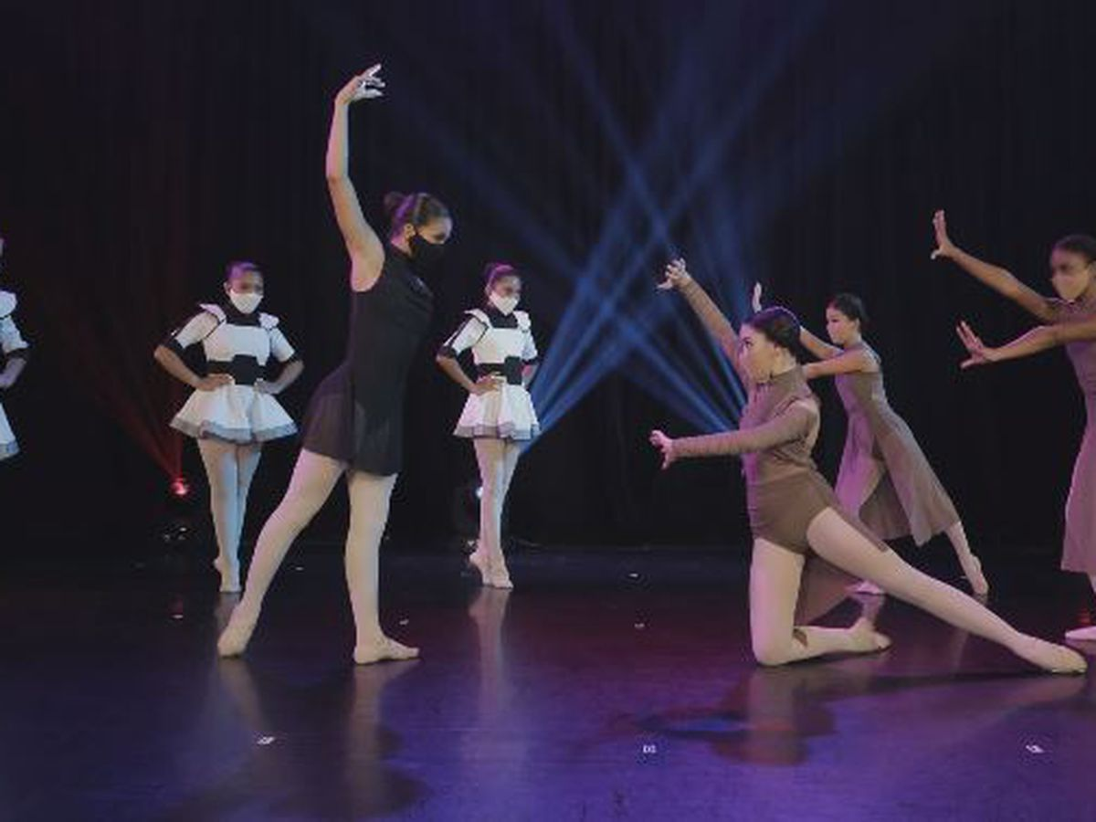 Dance studios find hanging onto students amid strict restrictions 'just impossible'