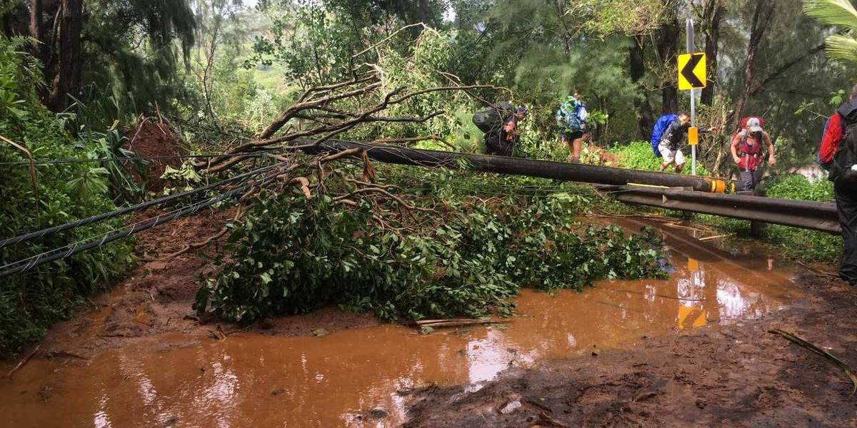 Kauai mayor extends order banning vacation rental use in flooded areas