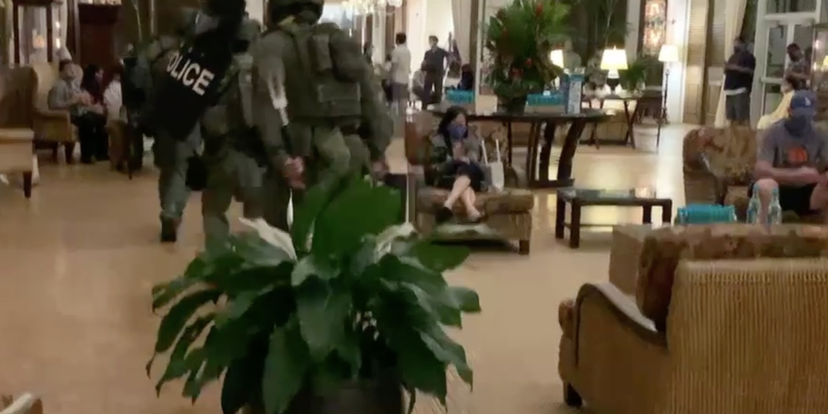 Barricade situation, lockdown at Kahala resort continues after armed man fires through door