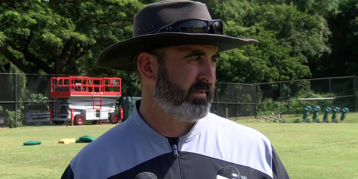 Rolovich pleased with Warrior defensive, needs more urgency from offense
