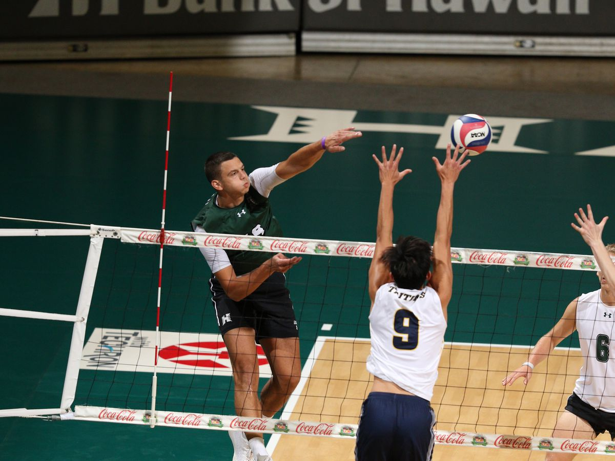 UH's Rado Parapunov named 2021 AVCA National Player of the Year
