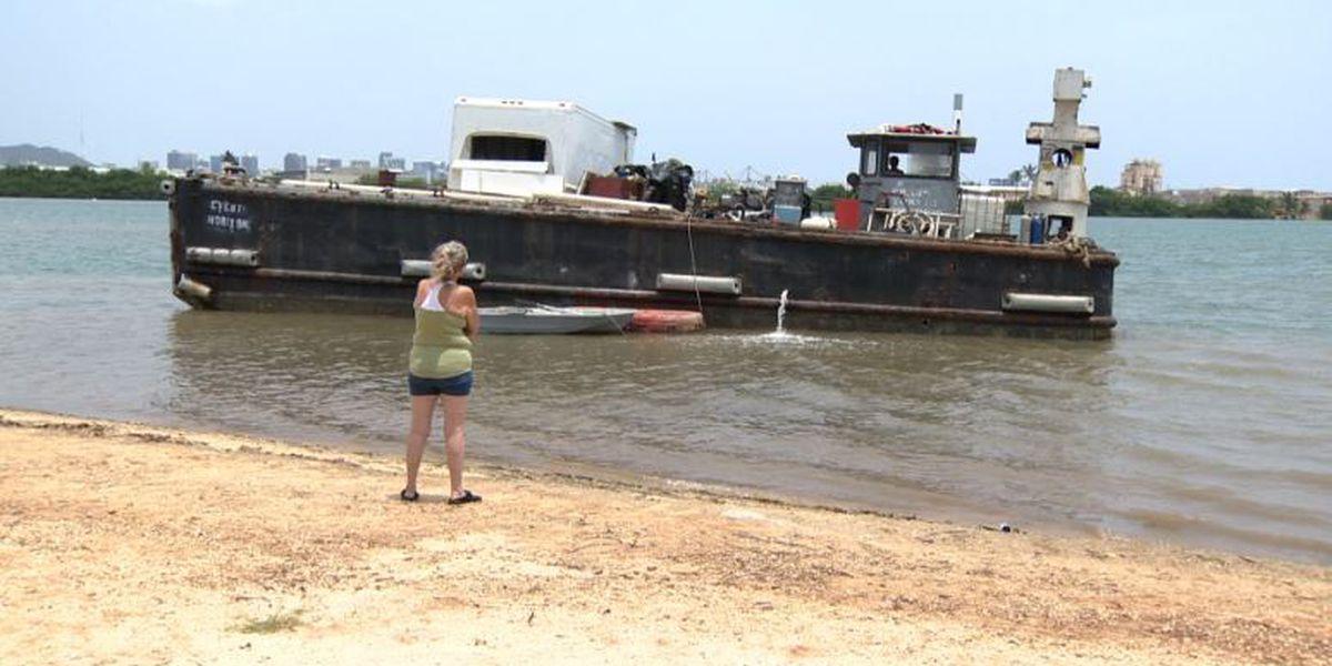 50-foot vessel stuck in shallow waters in Keehi Lagoon