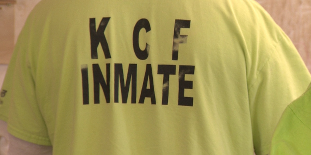 At Kulani Correctional Facility, a third of the inmates are enrolled in college courses