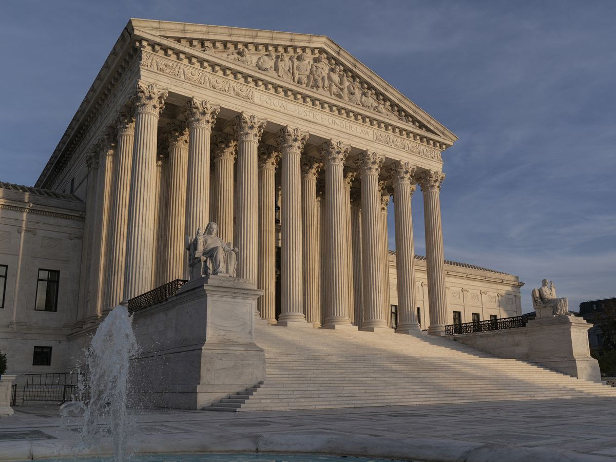 High court blocks NY coronavirus limits on houses of worship