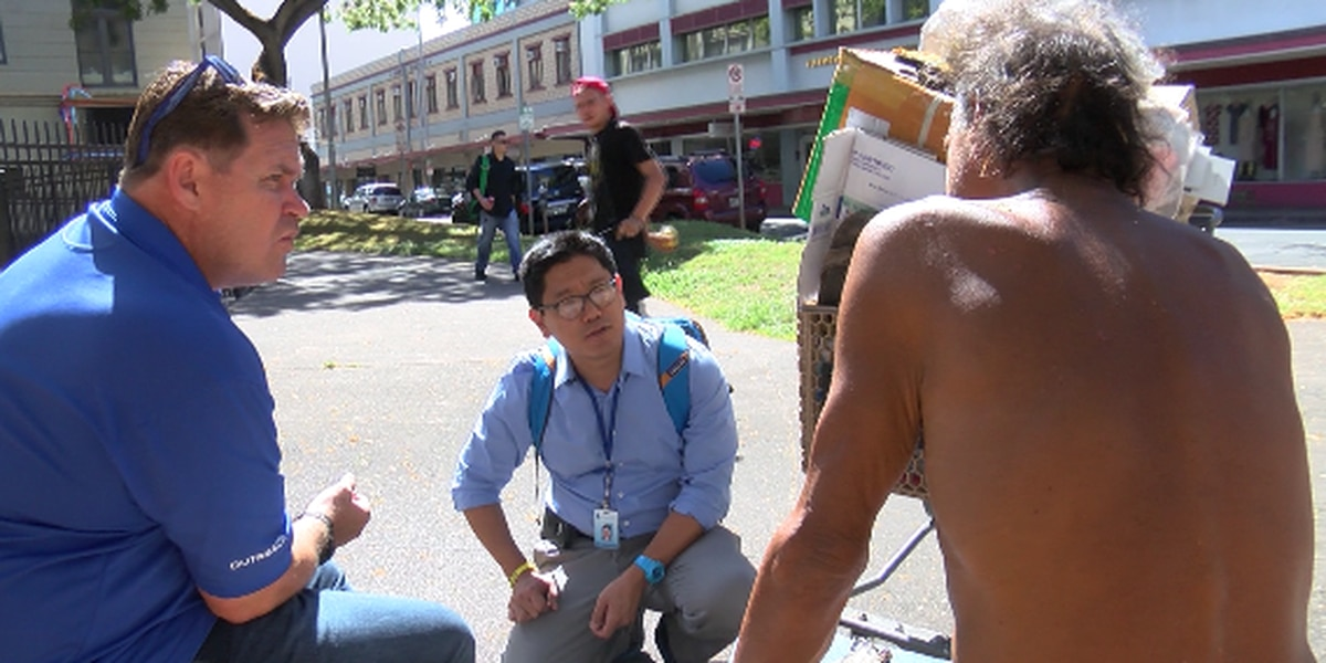 Hometown Heroes: The psychiatrist who practices on the streets to 'make Hawaii a better place'