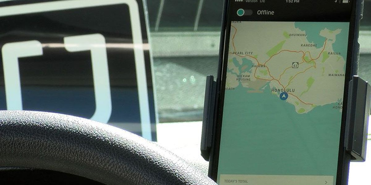 Ride-hailing apps get permanent OK for Honolulu airport pick-ups, drop-offs