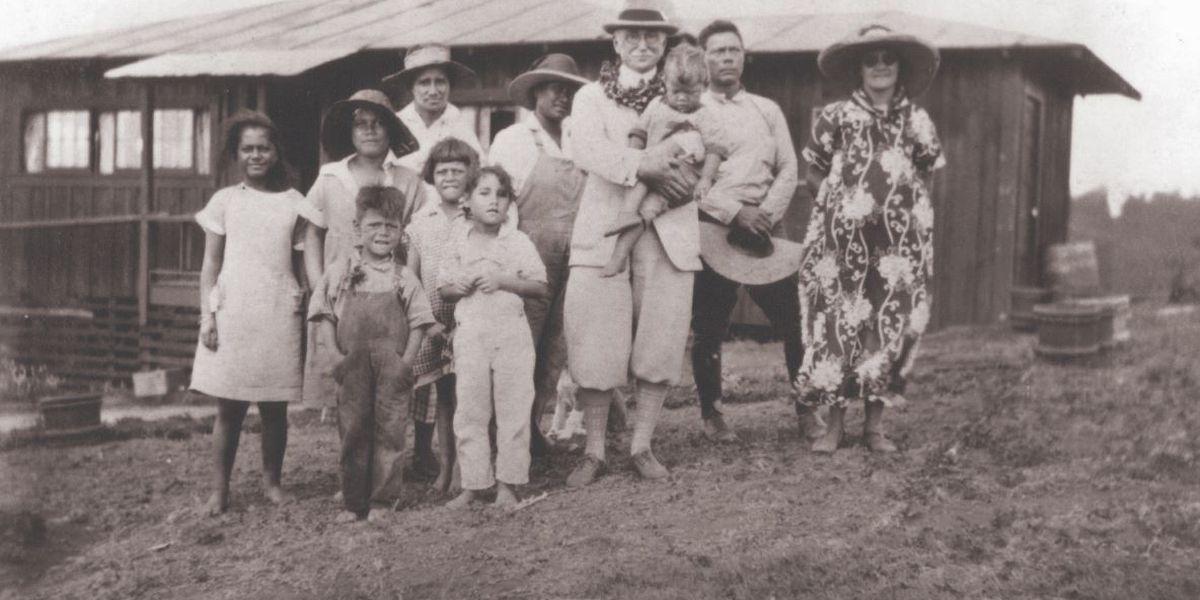 In 1921, Hawaiian homesteaders leased land on Molokai. Families now nearing lease renewal