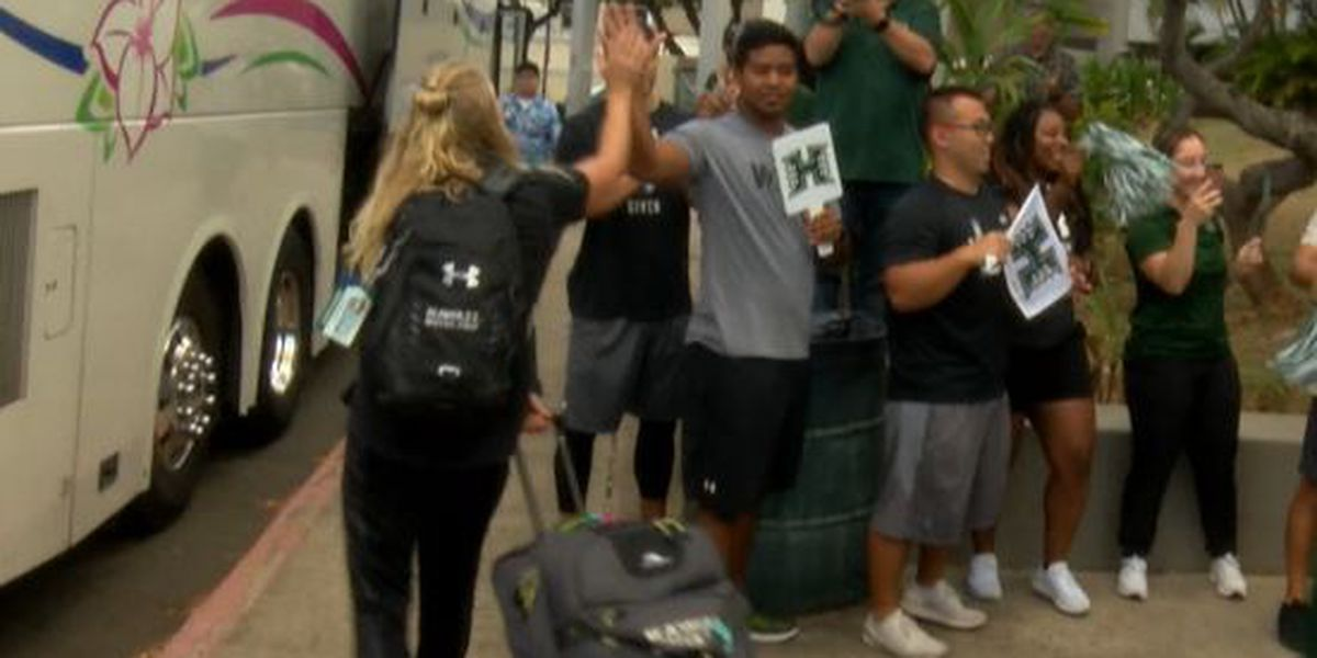 Wahine water polo team vans broken into in Stanford ahead of NCAA Tournament
