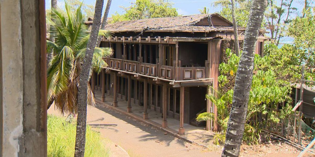 PHOTOS: The Coco Palms Resort, 25 Years Later