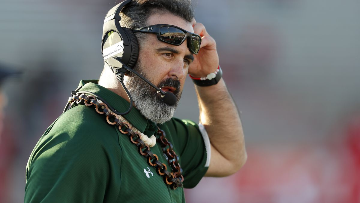 Hawaii head football coach Nick Rolovich named Mountain West Coach of the Year
