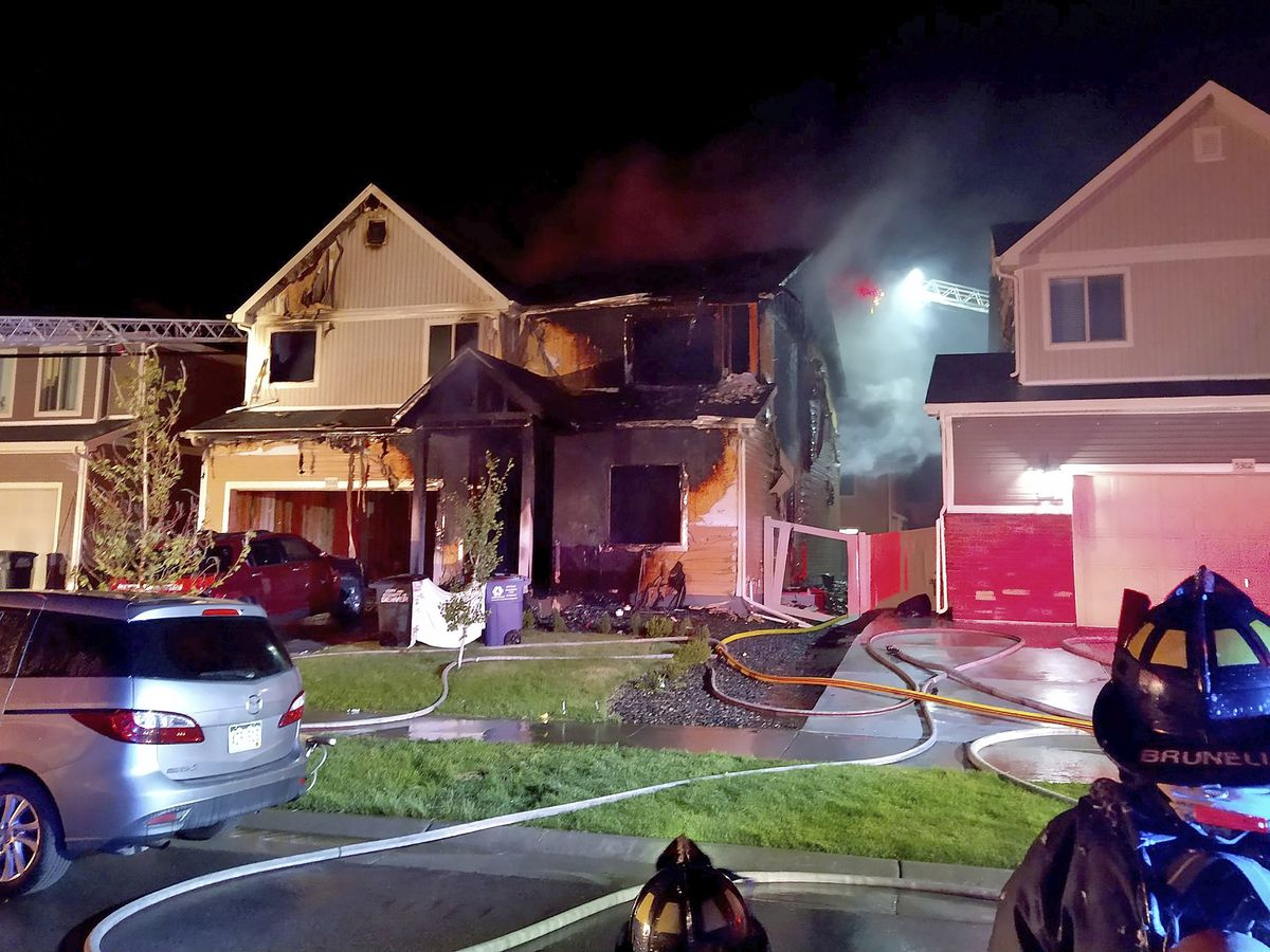 5 found dead in suspected arson fire at Denver home