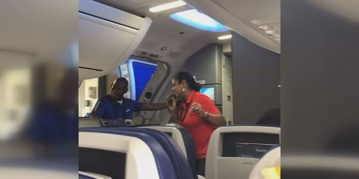 Southwest flight attendant gives 'in-flight entertainment' a new meaning