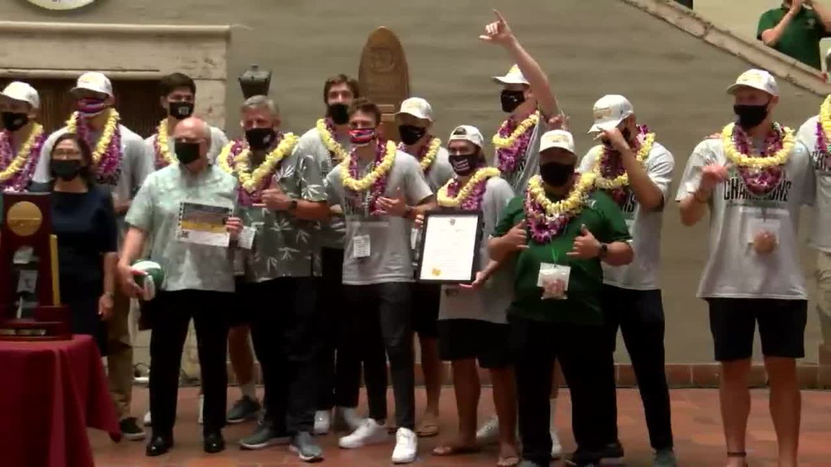 From Honolulu to D.C., 'Bows volleyball honored for National Championship