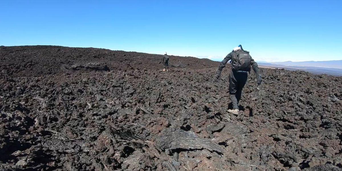 Scientists consider raising Mauna Loa's alert level