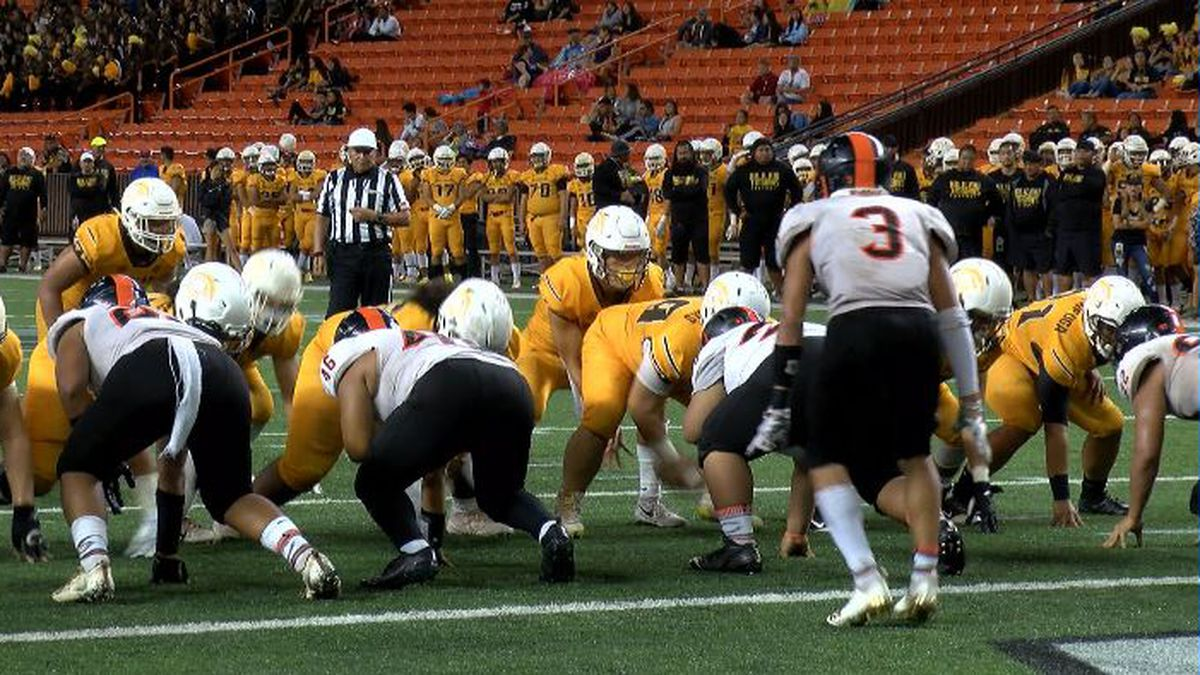 Mililani overcomes slow start to advance to title game, defeats Campbell 24-2