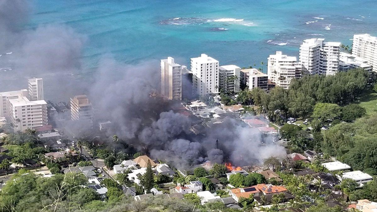 PHOTOS: Double fatal shooting, inferno rocks quiet Diamond Head community