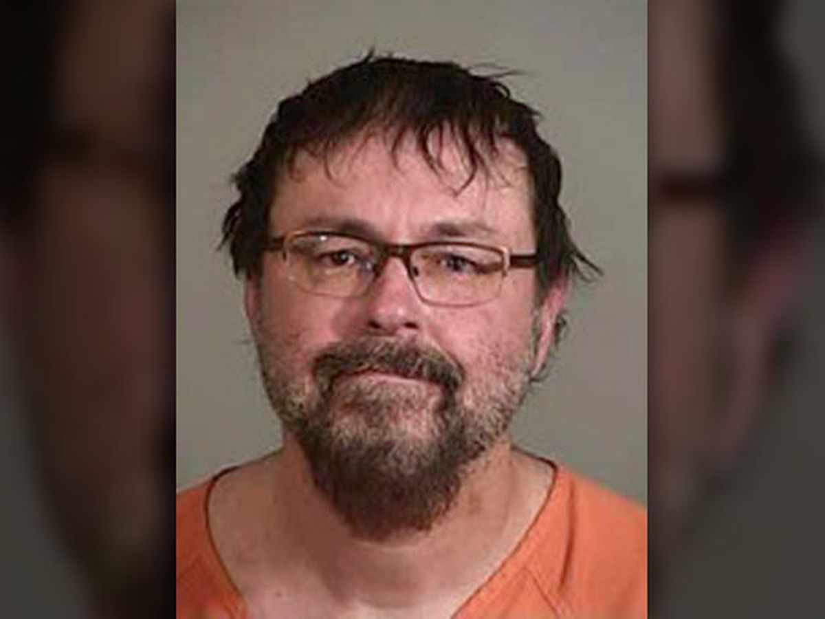 Tennessee teacher who fled with student gets 20 years