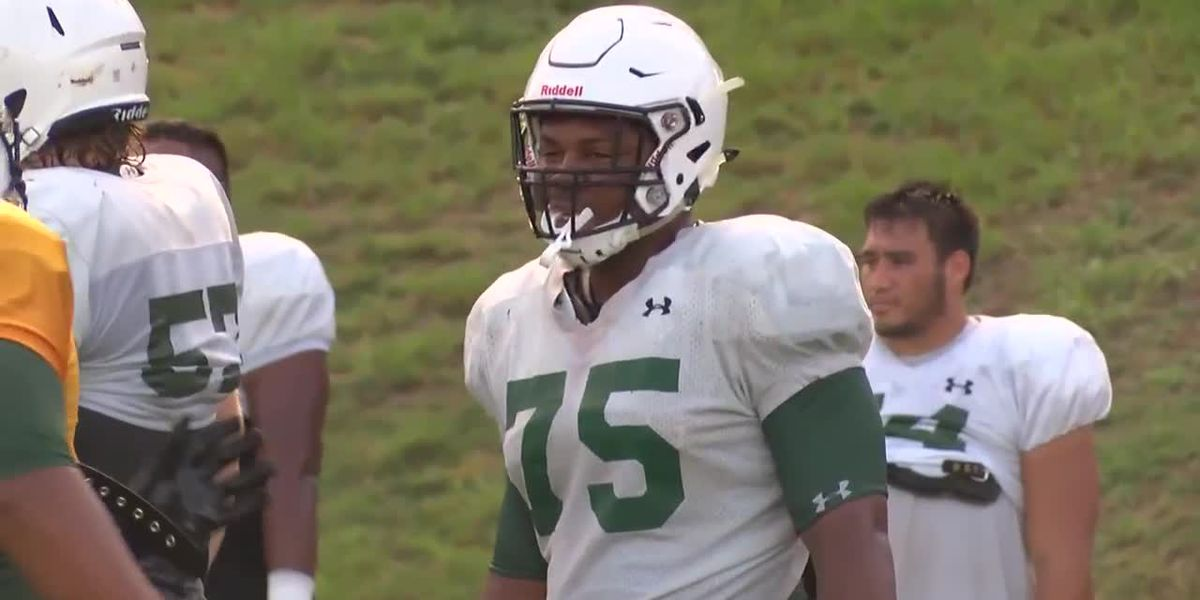 UH Football's Ilm Manning, the only Bow' selected to the Mountain West preseason All-Conference team