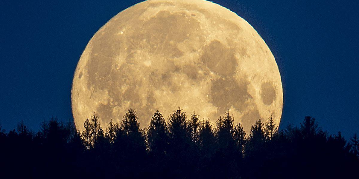August's full moon rises Sunday night