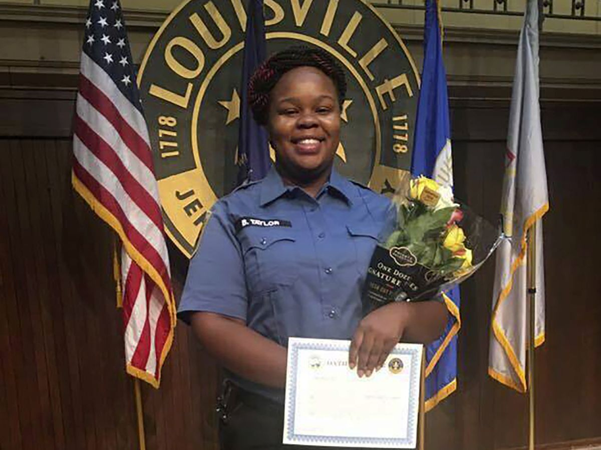 2 Louisville officers shot amid Breonna Taylor protests