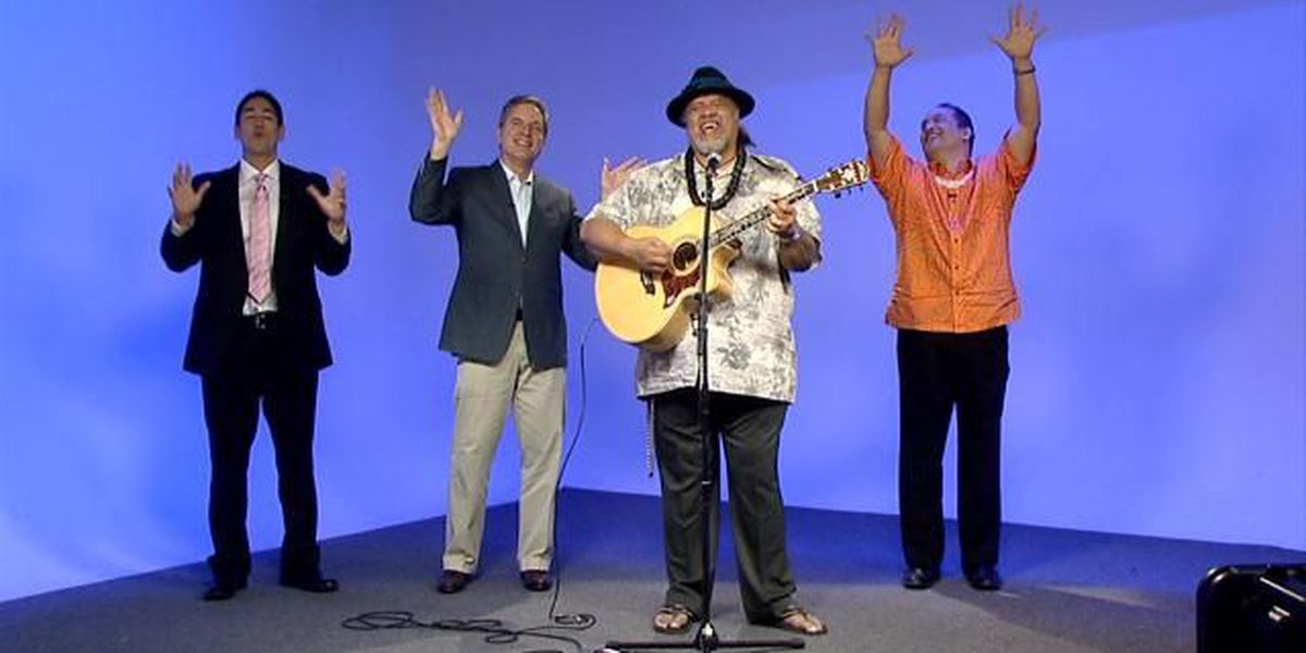 The men of Sunrise join Willie K for a special Christmas performance